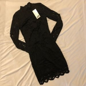 H&M Lace Long-sleeved Dress